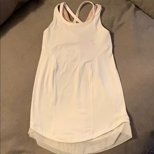 Size 7 kids white ivivva workout tank top
